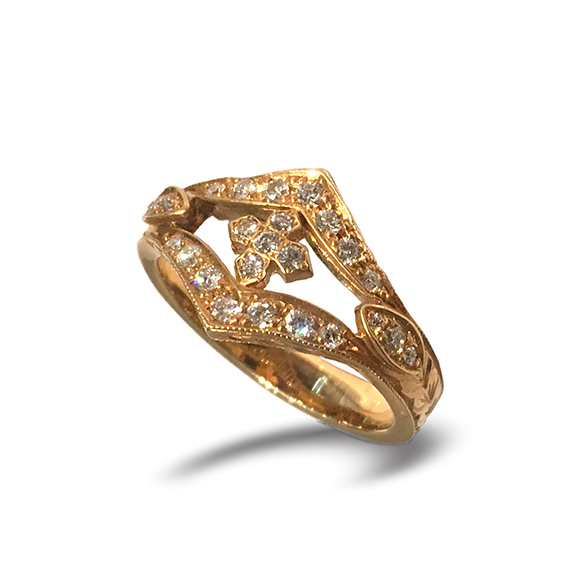 ESTELLE ETCHED BAND WITH PRINCESS CROSS