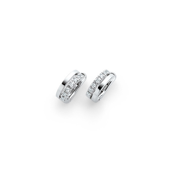 PLATINUM DIAMOND PIERCE