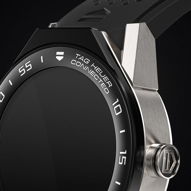 TAG-Heuer-Connected-Modular-45-SBF8A8001-11FT6076-smartwatch-top_640