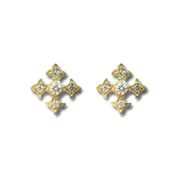 SMALL FANCY CROSS STUD PIERCE